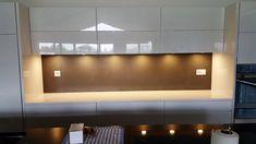 Grand Format, Place, Flat Screen, Countertop, Furniture, Modern, Blood Plasma, Flatscreen, Dish Display