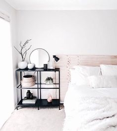 room-decor-for-teens: Adding soft pinks to a white room can look glamorous and super relaxing http://ift.tt/2gV7sge