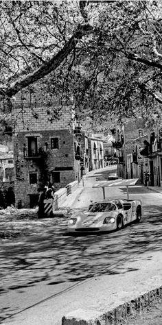 Hap Sharp powers through a quaint Sicilian town during the 1967 Targa Florio. della Faille photo.