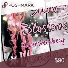 Monday 10/3 Snow blossoms share group❄️❄️ ❄️Please share 5 Winter items from each closet. ❄️Choose from jackets, gloves, scarves, sweaters, jeans, boots, etc!  ❄️❄️Choose only one category❄️❄️ ❄️Share times 9am to 12midnight ❄️Sign up closes at noon Pacific (3ET)  ❄️Share before midnight your time ❄️Thanks and let's have fun sharing!                      If you have any questions please tag your hostess @deesteinberg and not the closet @hot_pink_mamas. Your comments might be missed. Thank…