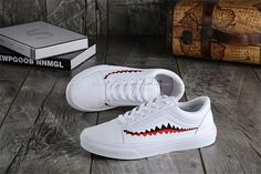 3ee79f735840 Vans x Shark 2017 Winter Old Skool Limited Edition Leather White H27 Skateboard  Shoes 36-