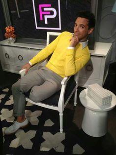 Such a cutie. Men's Collection, White Jeans, Mens Fashion, My Style, Pants, Moda Masculina, Trouser Pants, Man Fashion, Women's Pants