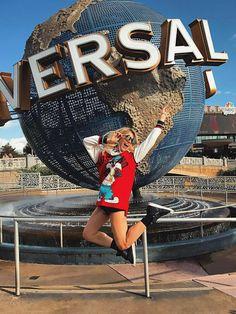 i miss california :(( Disney World Vacation, Disney Vacations, Disney Trips, Walt Disney World, Cute Disney Pictures, Disney World Pictures, Vacation Pictures, Warner Madrid, Disney Poses
