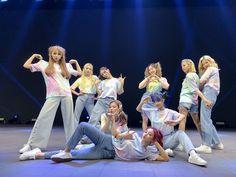 Nayeon, Extended Play, South Korean Girls, Korean Girl Groups, Twice Tzuyu, Twice Group, Twice Fanart, Jihyo Twice, K Wallpaper