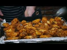 SKRZYDEŁKA JAKICH JESZCZE NIE BYŁO ! / Oddaszfartucha - YouTube Polish Recipes, Meat Recipes, Recipies, Meat Meals, Quiche, Chicken Wing Recipes, Tandoori Chicken, Chicken Wings, Grilling