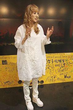 涼風真世「むかし妖精、いま妖怪」と自虐ネタ 20年ぶりのCD発売で   THE PAGE 大阪