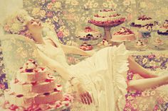 marie antoinette. lets eat some cakes :)