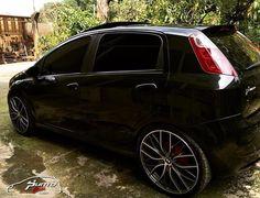 https://i.pinimg.com/236x/89/04/17/890417ae24b99c5bb3eaa1b79a224d2d--fiat-punto-sporting-fiat-cars.jpg
