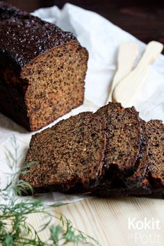 Joulukalenterin 11. luukku Saaristolaisleipä on klassikko, joka kaipaa samaan suulliseen tasapainottavaa, suolaista päällis... Finland Food, Rye Bread Recipes, Finnish Recipes, Savory Pastry, Tasty, Yummy Food, Xmas Food, Sweet And Spicy, Food Inspiration