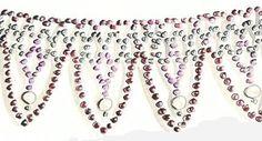 Image from http://nataliakhon.com/beads/level3/level3-5.jpg.