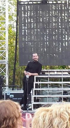 Saw this blurry picture of Avi and had to post it cuz he's amazing