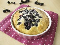 Decadent and delicious cakes Yummy Cakes, Pie, Sweets, Desserts, Recipes, Food, Torte, Tailgate Desserts, Cake