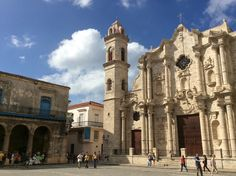 La Habana – il Centro Wifredo Lam accanto alla Cattedrale