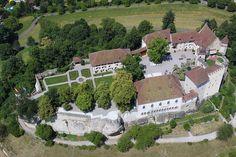 20110621 Heliflug 33 - Schloss Lenzburg – Wikipedia