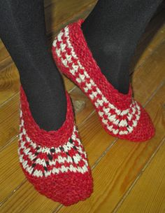 Hand knitted female slippers made of lamb wool and acrylic - red with white pattern
