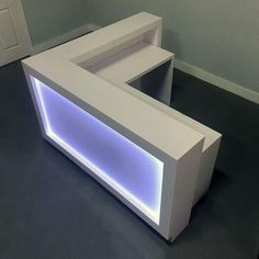 Vegas Reception Desk with Built-in LED Light Box Boutique Interior, Shop Counter Design, Shabby Chic Salon, Cash Counter, Reception Desk Design, Led Light Box, Grey Oak, Wood Crates, Color Changing Led