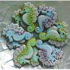 Seahorse gingerbread iced cookies from summer beach set #shellssweetserendipity…