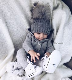 Baby boy clothes swag outfits hats ideas Baby Club - online baby clothes stores where you can find fashionable baby clothes. There is a kid and baby style here. Baby Boy Fashion, Kids Fashion, Swag Fashion, Fashion Mode, Fashion Outfits, Fashion Weeks, Fashion Clothes, Paris Fashion, Fashion Art
