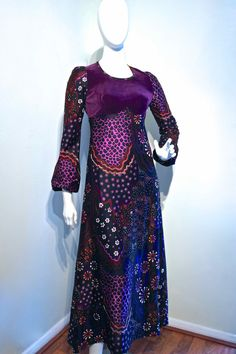 Vintage 1960s PURPLE Velvet Bodice Psychedelic Maxi Dress by CATHY McGOWAN'S Boutique // Empire Line Fit // Bell Sleeves