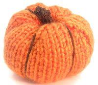 easy knit pattern for a cute lil pumpkin!!
