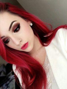 Maquillaje y cabello rojo ❤