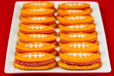 Football Bites (With Summer Sausage, Cheddar & Ranch) -- quick and easy to make for the #SuperBowl! | gimmesomeoven.com #gameday