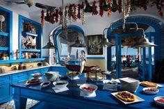 Il Riccio – Stylish Waterfront Restaurant In Capri Wow Restaurant, Restaurant Am Wasser, Waterfront Restaurant, Restaurant Interior Design, Restaurant Exterior, Italy Table, Capri Italy, Positano Italy, Greek Restaurants