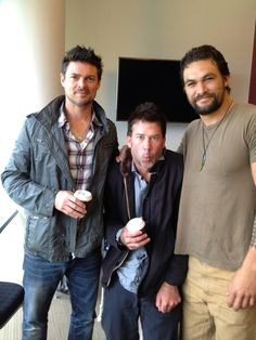 My fantasy in a package of three: Karl Urban, Joe Flanigan, and Jason Momoa-Stargate Atlantis and Star Trek Karl Urban, Jason Momoa Stargate, Star Trek 2009, Simon Pegg, Stargate Atlantis, Hot Hunks, Best Tv, Celebs, Celebrities
