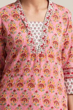 Designer Wear: Shop Designer Ethnic Wear by Farida Gupta Salwar Neck Patterns, Neck Patterns For Kurtis, Salwar Kameez Neck Designs, Churidar Designs, Neck Designs For Suits, Neckline Designs, Dress Neck Designs, Stylish Dress Designs, Designs For Dresses