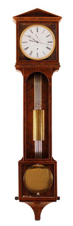 der Meister stammte aus Uhrmacherstadt Friedberg bei Augsburg, seine Werke sind selten und zählen zu den feinsten Präzisionsuhren um 1830, Ganggenauigkeit bis zu einer Abweichung von einer Sekunde pro Monat.