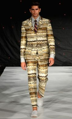 yep I fully intended for this to go in my FUNNY STUFF board. Looks like a clown suit to me! Crazy Suits, Clown Suit, 70s Fashion, Catwalk, Funny Stuff, Suit Jacket, Board, How To Wear, Jackets