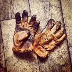 These Red Wing gloves are used on a motorcycle, can you see it?