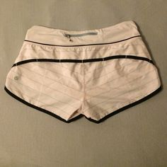 Light pink Lululemon speeds Sold to me as a 6. Clearly a size 4! Authentic, sad to see these go but I needed a size 6. Zipper pocket, hidden waistband pockets and have a liner. Please use the offer button if interested as I do not negociate in the comments section. No holds, no trades lululemon athletica Shorts