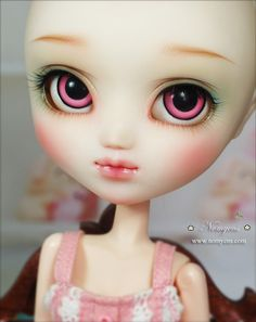 Face-up and Custom : Pullip