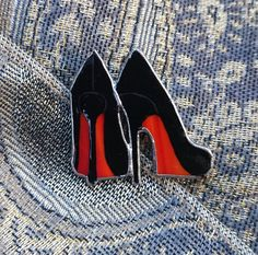 Stained Glass Brooch Louboutin Glass Art от TheStainedGlassCo