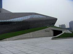 Guangzhou Opera House by Zaha Hadid. CHINA.