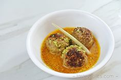 Low Carb Meatballs in Coconut Broth - Paleo, Gluten & Dairy Free   Tasteaholics.com