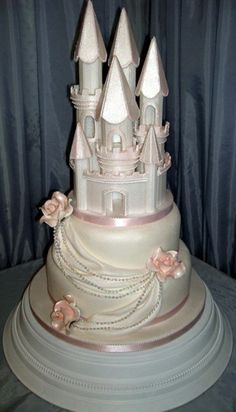 princess castle wedding cake cinderella castle wedding cake winter wedding 18765
