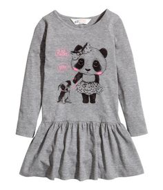 Welcome to H&M, your shopping destination for fashion online. We offer fashion and quality at the best price in a more sustainable way. Toddler Outfits, Girl Outfits, H&m Online, Fashion Online, Kids Fashion, Graphic Sweatshirt, Sweatshirts, Sweaters, Shopping