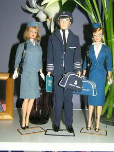 Pan Am Stewardess Barbie, American Airlines Pilot Ken and American Airlines Stewardess Barbie, from Neil Taylor's collection Barbie Et Ken, Play Barbie, Barbie Life, Ken Doll, Barbie World, Mattel Barbie, Barbie Dress, Barbie Outfits, Vintage Barbie Clothes