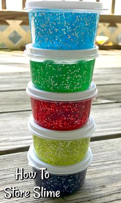 Store Slime and Keep Slime Fresh with these Plastic Slime Containers. Slime Can stay fresh for weeks if you store it in an air tight container and keep your hands clean. How to Store Slime- Slimy Slime, Slime No Glue, Edible Slime, Glitter Slime, Glitter Eyeliner, How To Store Slime, How To Make Slime, Cool Slime Recipes, Easy Slime Recipe