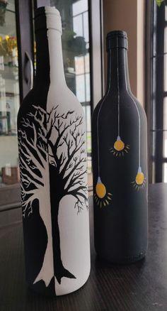 Glass Bottle Crafts, Wine Bottle Art, Painted Wine Bottles, Diy Bottle, Beer Bottle, Glass Painting Patterns, Glass Painting Designs, Bottle Painting, Diy Canvas Art