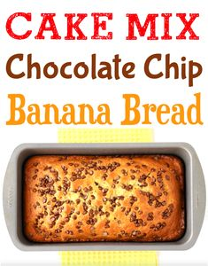 The Best Chocolate Chip Banana Bread Recipe! Moist cake mix desserts are so easy! Winter Desserts, Christmas Desserts, Just Desserts, Dessert Recipes, Dinner Recipes, Chocolate Chip Banana Bread, Chocolate Chip Recipes, Banana Bread Recipes, 4 Ingredient Desserts