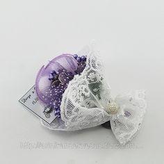 Çiçek Buketi Nikah Şekeri (ID#889474): satış, İstanbul'daki fiyat. Arı Nikah Şekeri Ve Süs adlı şirketin sunduğu Karma Süslenmiş Hazır Nikah Şekerleri Modelleri, Ucuz Kampanyalı İndirimli Wedding Candy, Wedding Gifts, Candels, Wooden Art, Pretty Little, Magnets, Diy And Crafts, Favors, Lavender