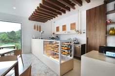 VISTA refrigerated display cases. JORDAO COOLING SYSYTEMS® Cheese Shop, Cold Meals, Contemporary Design, Display Cases, Kitchen, Table, Shops, Furniture, Home Decor