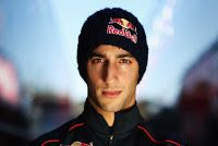 MAGAZINEF1.BLOGSPOT.IT: Daniel Ricciardo sostituirà Webber nel 2014