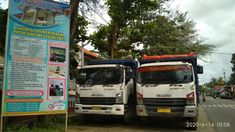 Dua Truck Isuzu Giga Parkir Jejer Depan SMK Negeri 1 Ambal, Kebumen Bonsai, Trucks, Vehicles, Truck, Car, Vehicle, String Garden, Tools