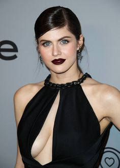 Most Hottest Actresses in Hollywood Alexandra Daddario Hollywood Celebrities, Hollywood Actresses, Beautiful Celebrities, Beautiful Actresses, Alexandra Daddario Images, Most Beautiful, Beautiful Women, Beautiful Eyes, Celebs