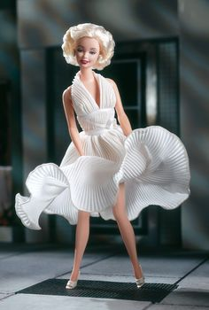 Barbie® as Marilyn™ in the White Dress from The Seven Year Itch™ Collector Edition Release Date: 1/1/1997