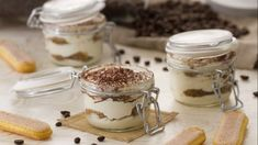 Tiramisu without eggs Ricotta, Fairy Food, Cake In A Jar, Cake & Co, Dessert Recipes, Desserts, Creative Food, Fett, Gelato